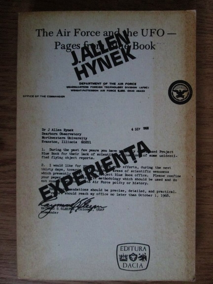 Anticariat: J. Allen Hynek - Experienta OZN, o cercetare stiintifica