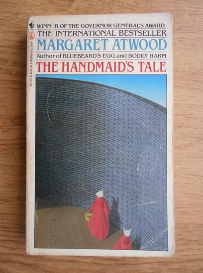 Anticariat: Margaret Atwood - The handmaid's tale