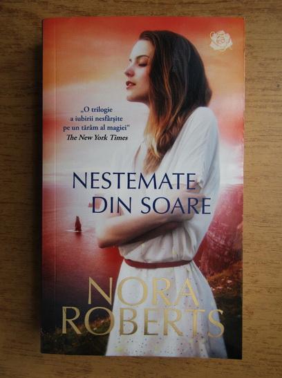 Anticariat: Nora Roberts - Nestemate din soare