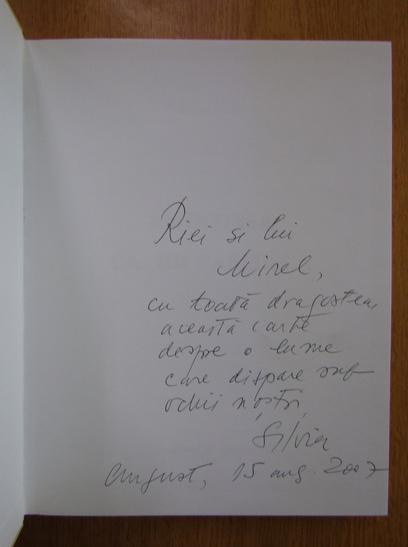 Anticariat: Silvia Kerim - Amintirea ca un parfum (cu autograful autoarei)