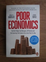 Abhijit V. Banerjee, Esther Duflo - Poor economics