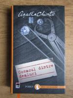 Agatha Christie - Conacul dintre dealuri