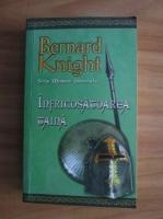 Anticariat: Bernard Knight - Infricosatoarea taina