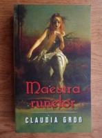 Claudia Grob - Maestra runelor