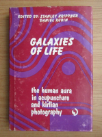 Anticariat: Galaxies of life. The human aura in acupuncture and kirlian photography