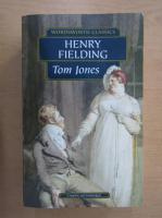 Henry Fielding - Tom Jones