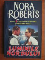 Anticariat: Nora Roberts - Luminile nordului