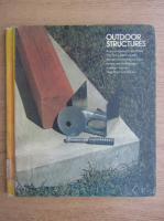 Anticariat: Outdoor structures