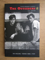 Anticariat: S. E. Hinton - The outsiders